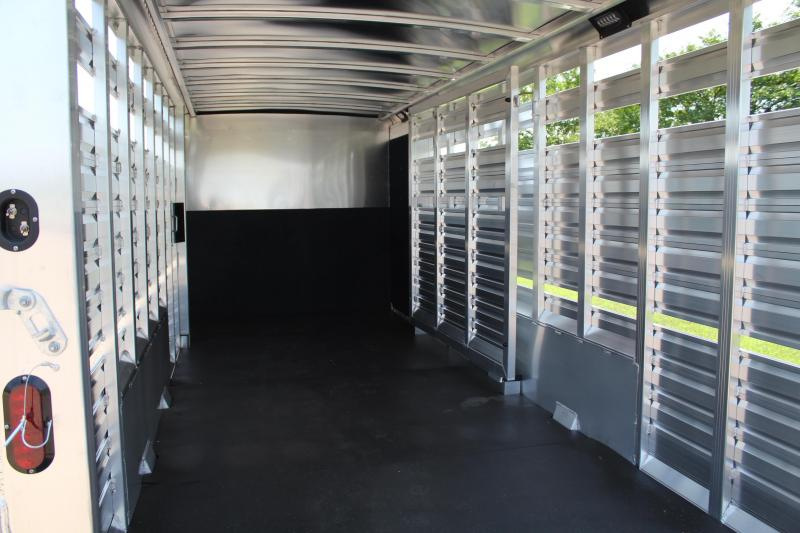 2022 Exiss Trailers 24ft Show Cattle Combo with Bunk Beds Livestock Trailer