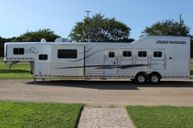 2021 Elite 4 Horse 15ft LQ Side Load Slide Out Resistol