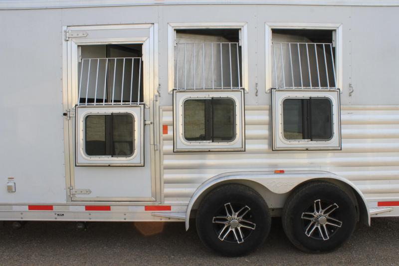 2017 Exiss Trailers 3 Horse 8.5ft Shortwall Horse Trailer