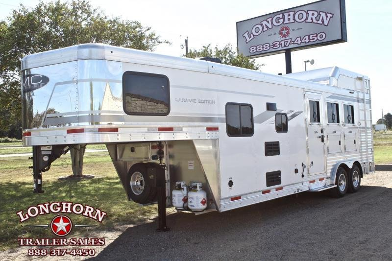 2021 SMC Horse Trailers 3 Horse 9ft Living Quarter Horse Trailer