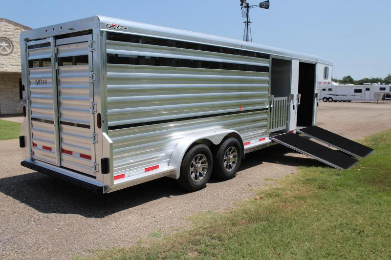 2020 Exiss 24ft Show Cattle with 4 Pens and 2 Ramps