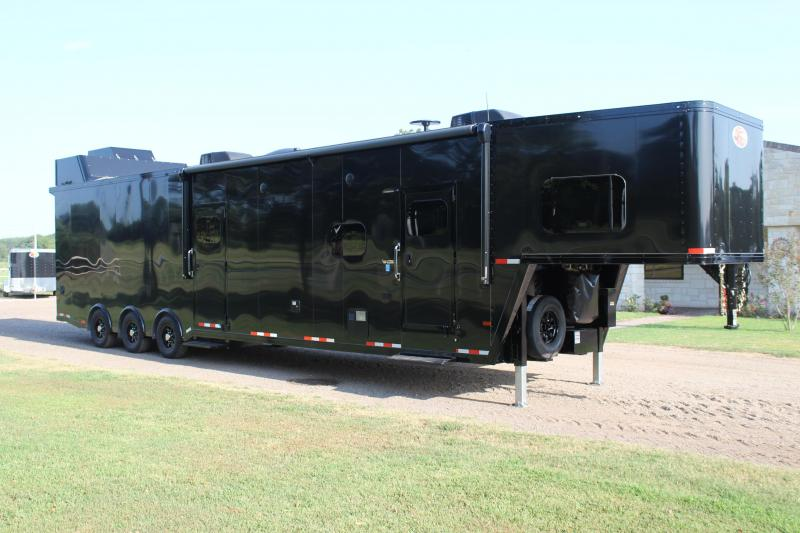 2021 Sundowner 2586 With Slide Out Blacked Out Extra Tall Toy Hauler