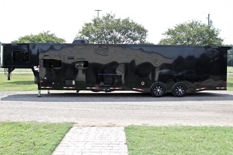 2021 Sundowner 2286GM Toy Hauler with 20ft Garage