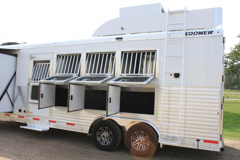 2020 Sooner 4 Horse 11ft LQ with Slide and Generator