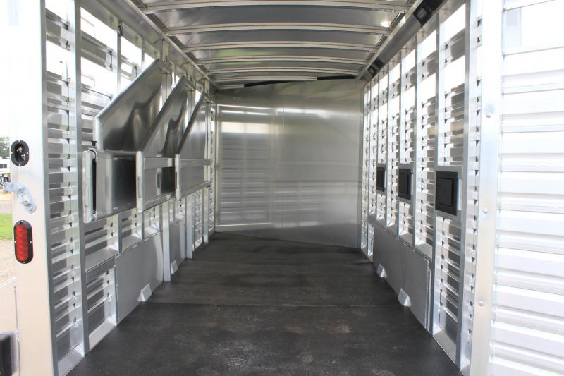 2021  Exiss 4 Horse Combo with Front Tack Room