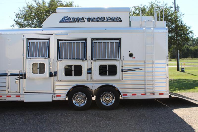 2016 Elite 3 Horse 18ft Custom Living Quarter with Slide Out Horse Trailer