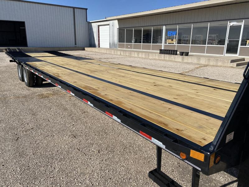 2021 Delco 36' Low Pro Flatbed W/ Hyd Dovetail
