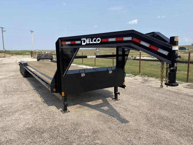 "2021 Delco 102""x36' 21K Gooseneck Carhauler"