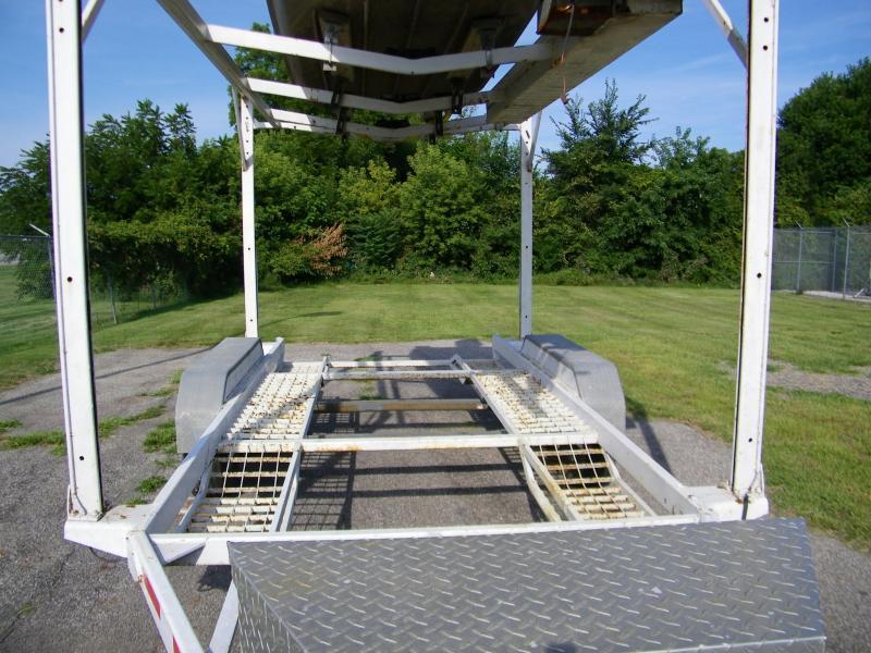 2000 Built-Rite 6090 Stacker