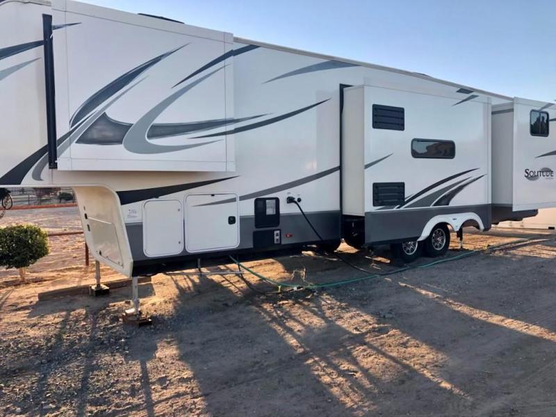 2019 Grand Design Solitude 3740BH 40' Fifth Wheel