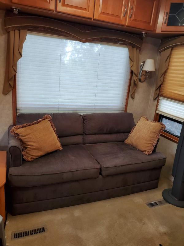 2006 Double Tree Mobile Suites 36T Fifth Wheel RV