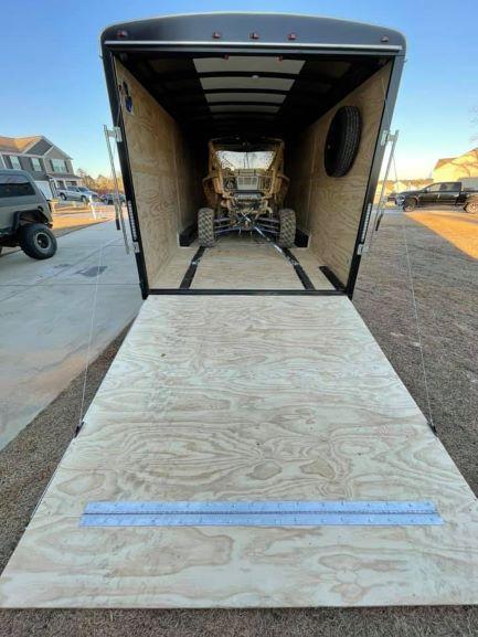 2021 Interstate LoadRunner 8.5 x 24 Enclosed Car Hauler / Toy Hauler