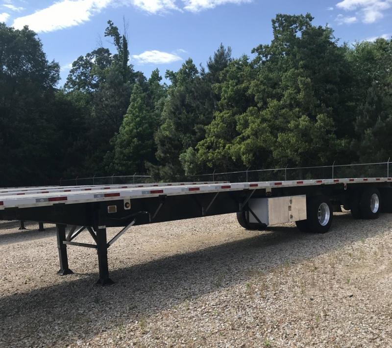 "2019 Utility 4000 AE 53' x102"" Combo Flat Bed Semi-Trailer"