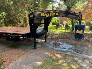 2019 Big Tex 25' Gooseneck Flatbed Trailer w/ Mega Ramps