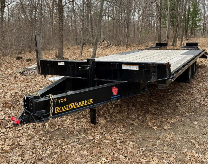 "2019 Road Warrior 102"" x 22' 7 Ton Deckover Trailer"