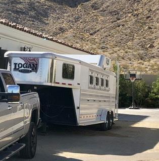 2017 Logan Coach Razor 4 Horse Slant Load Trailer
