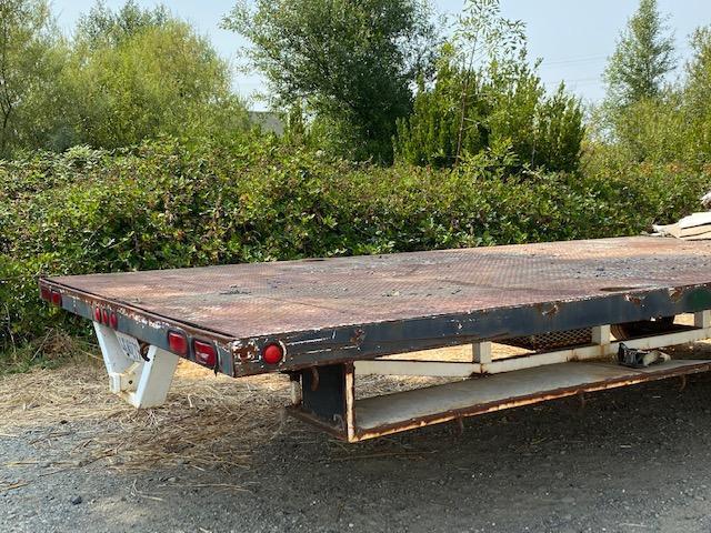 2008 30' Steel Deck Flatbed Trailer
