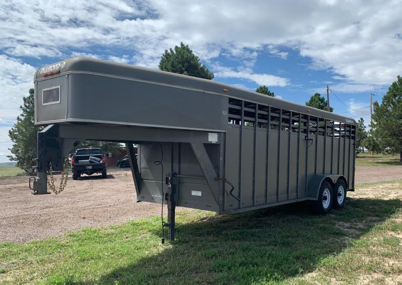 "1993 Diamond D 6'8"" x 20' Gooseneck Stock Trailer - Completely Re-hauled"