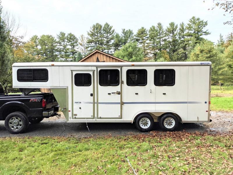 2015 Frontier Strider 3 Horse Gooseneck Trailer