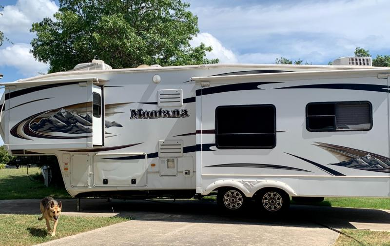 2011 Keystone RV Montana 34' Fifth Wheel