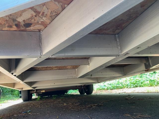 2018 Haulmark ALK 24 ft Enclosed Car Traile w/ 2 ft V nose