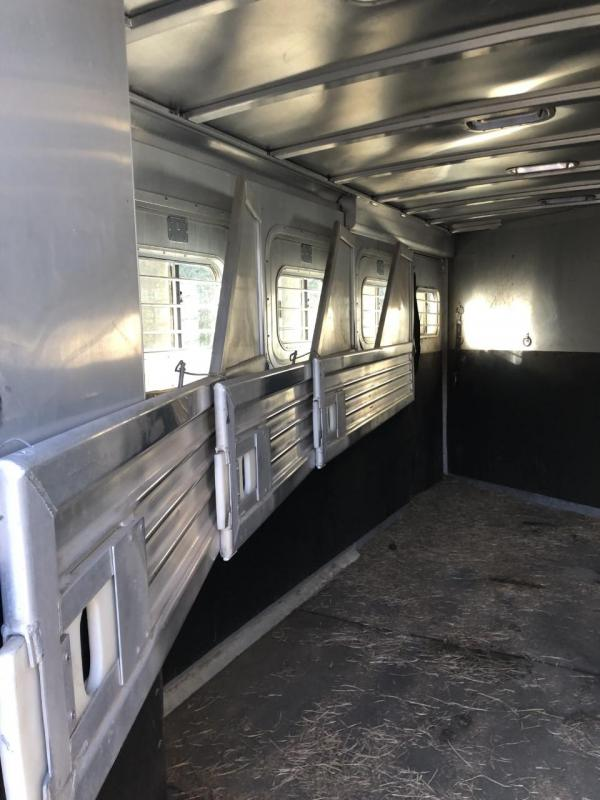 1997 Featherlite 4 Horse Slant Load Trailer w/ Dressing Room