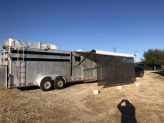 1997 Elite Aluminum Living Quarter Trailer