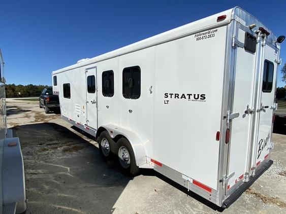 2014 Bison Stratus LT 3 Horse Trailer w/ 10' SW LQ