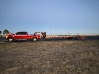2021 PJ 40' Gooseneck Low Deck Trailer