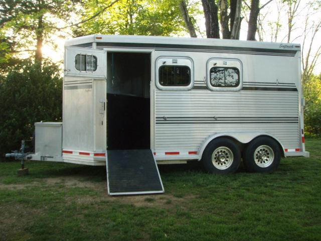 1997 Liberty Softouch All Aluminum Horse Trailer