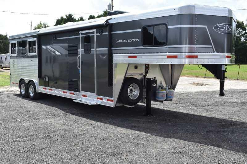 2019 SMC Laramie 3 Horse Trailer w/ Living Quarters