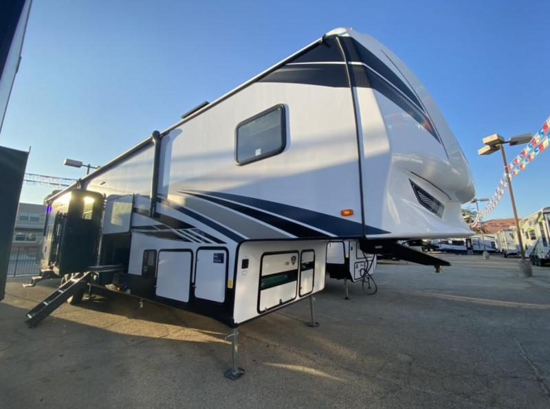 2021 Forest River Vengeance Rogue Armored 4007V Fifth Wheel