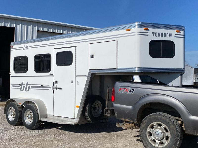 2005 Turnbow 2H Thoroughbred Trailer