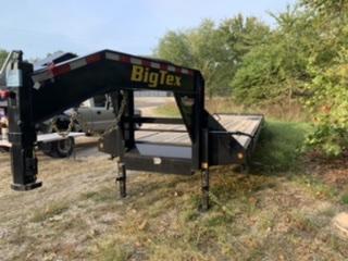 2020 Big Tex Trailers 30' Gooseneck Flatbed Trailer w/ 5' Dove