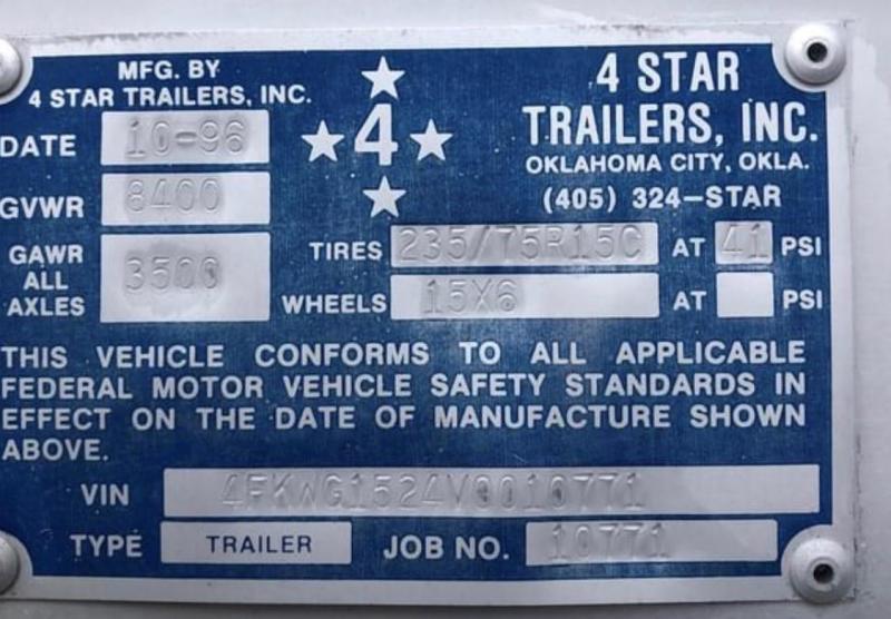 1996 4-Star 2 Horse Slant Gooseneck Trailer