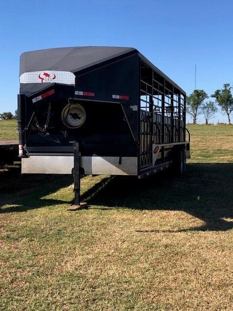 2018 Toro 7' x 36' Heavy Duty Livestock Trailer