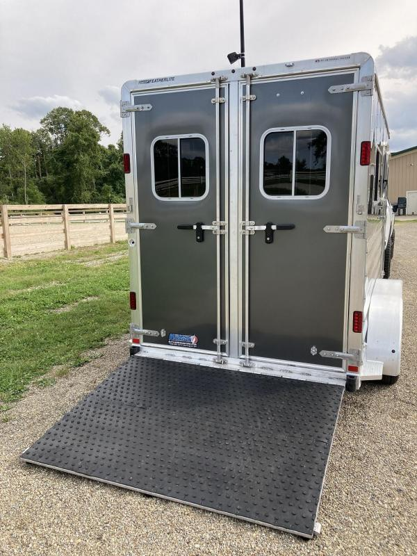2016 Featherlite 2-Horse Bumper Pull Trailer w/ Large Tack/Dressing Room
