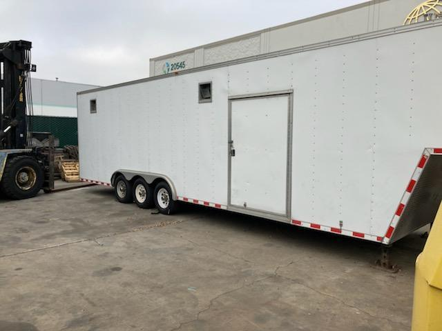 2007 Vantage 8x35 Gooseneck Enclosed Trailer