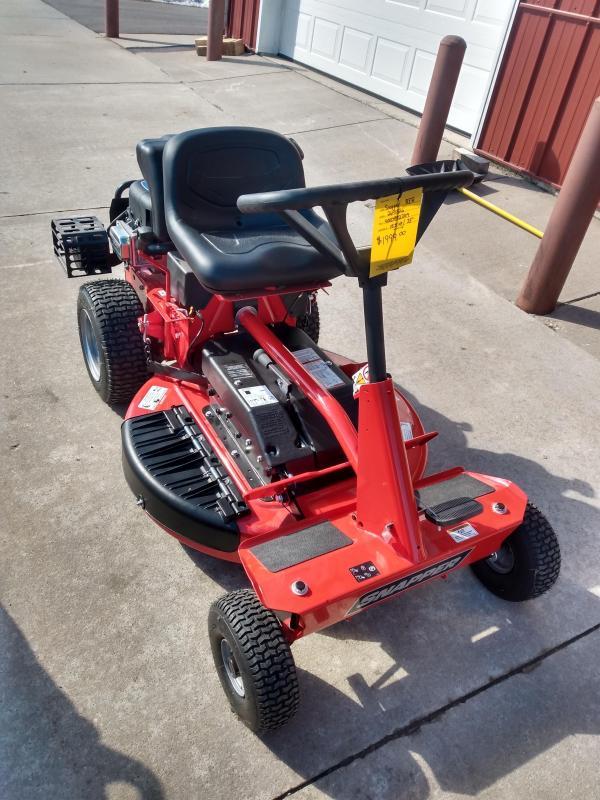 Snapper Rear Engine Rider Mower