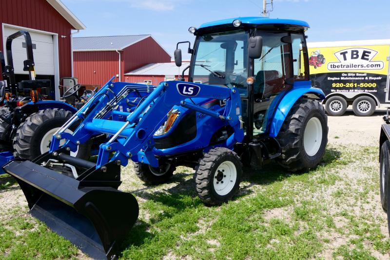 2020 LS Tractors LS Tractors XR3135 Compact w /Loader and Cab