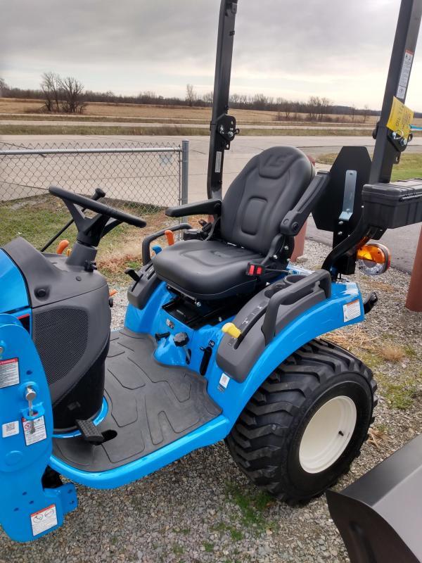 2020 LS Tractor MT122