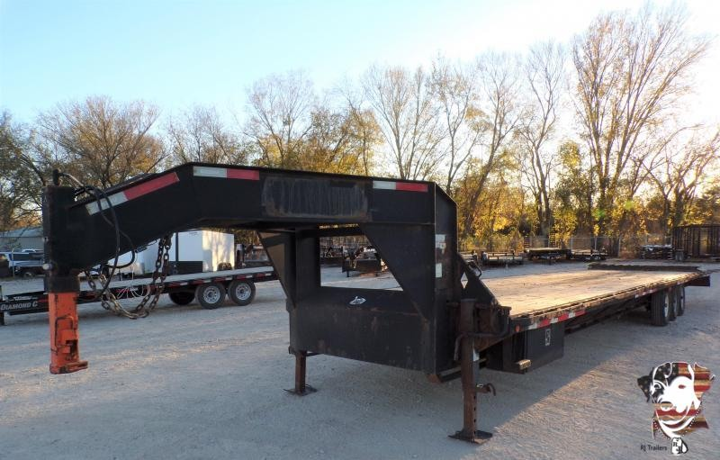 2013 Diamond C Trailers 102 x 40 307 GN Flatbed Trailer