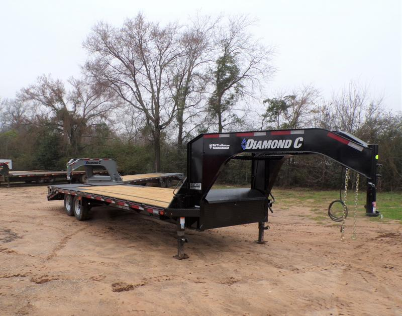2021 Diamond C Trailers 102 X 25 FMAX 207 Equipment Trailer