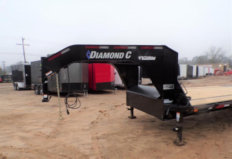 2021 Diamond C Trailers 102 X 25 FMAX 207 Equipment Trailer