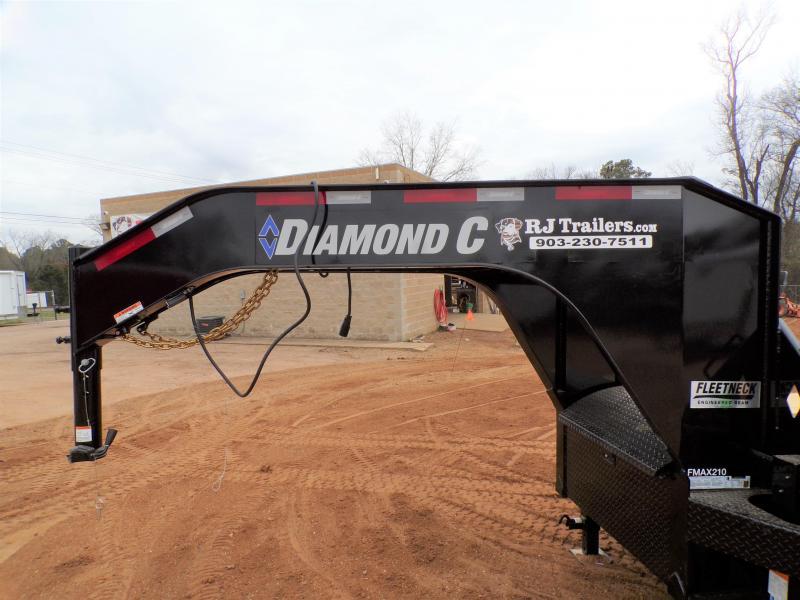 2021 Diamond C Trailers 102 x 32 FMAX 210 SS Flatbed Trailer