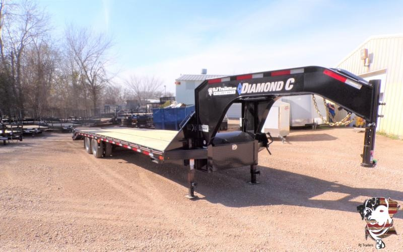 2021 Diamond C Trailers 102 x 32 FMAX 210 Flatbed Trailer