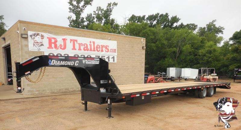 2020 Diamond C Trailers 102 x 40 Fmax 216 Flatbed Trailer