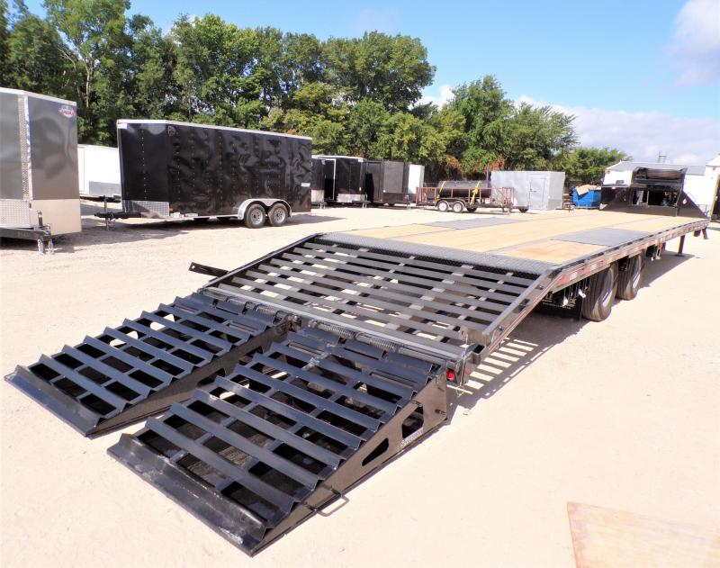 2020 Diamond C Trailers 102 x 40 FMAX 212 Equipment Trailer