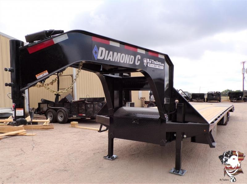 2020 Diamond C Trailers 102 x 40 FMAX 212 Equipment Trailer