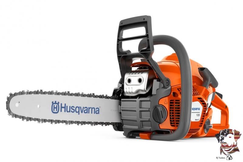 """2021 Husqvarna 135 II 16"""" Lawn Equipment"""